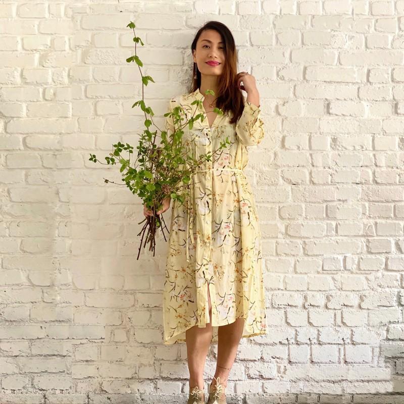 Robe en soie imprimé motifs fleuris